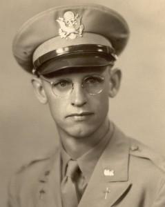 Portrait 1943 Tonsing, Chaplain Ernest B